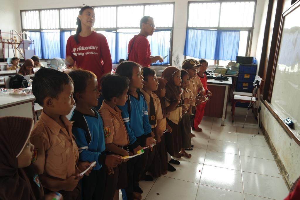 edukasi-anak-sd-beach-program
